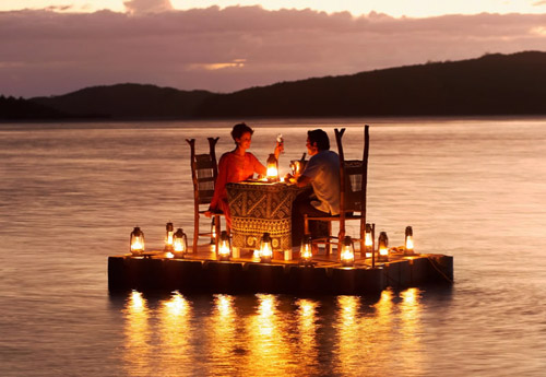 Travel Tips - Romantic Dinner On Lake