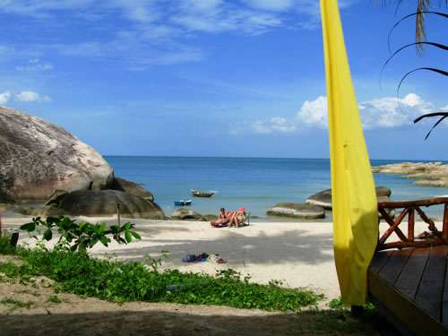 Best Honeymoon Beach Destinations: Haad Rin Beach